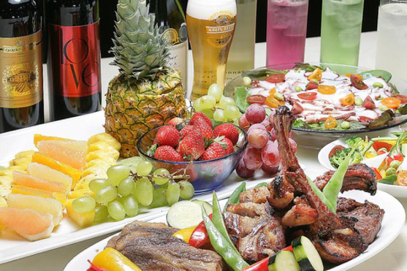 旬の食材を使用した洋食中心のお料理をお楽しみ下さい