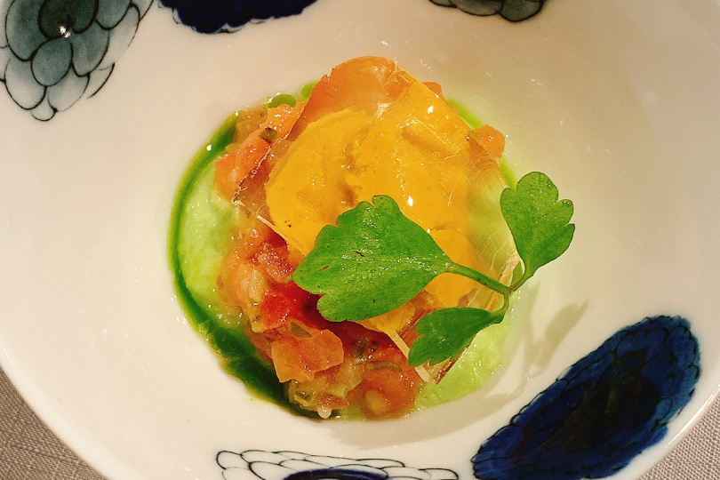 八戸産ウニと枝豆のムース